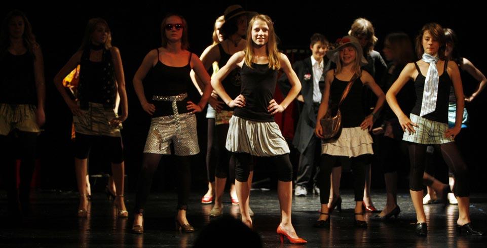Tänzerinnen des Jungen Theaters Liechtenstein