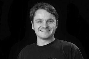 Veranstaltungstechniker Nick Kokkinos