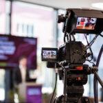 "Kamera filmt Sprecher am digitalen Event ""Digitaltag"" in Vaduz"