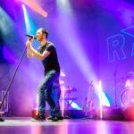 Virtuelles Live-Konzert mit Rääs auf der Bühne